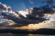 Free Vivid Clouds Sun Ray Stock Photos - 34165443