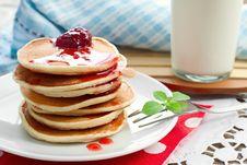 Free ,  Pancakes With Strawberry Jam Stock Photo - 34170000