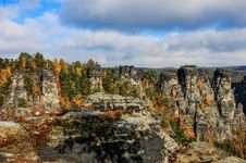Free Bastei Massif In Saxon Switzerland Royalty Free Stock Image - 34188566