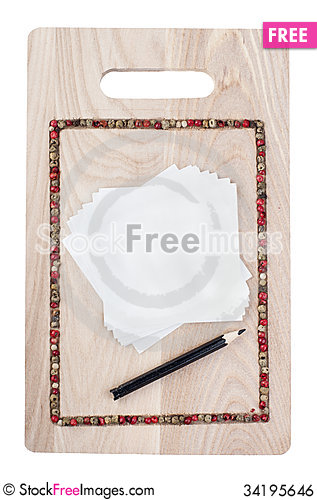 Free Culinary Background With Pepper On Cutting Board Royalty Free Stock Image - 34195646