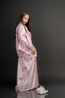 Free The Girl In A Kimono 1 Royalty Free Stock Photos - 3428648