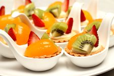 Free Fruit Tart Witth Peach And Strawberries Royalty Free Stock Photo - 34207125