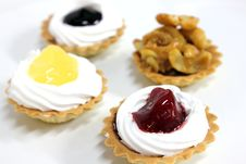 Free Mini Fruit Tarts Stock Image - 34208071