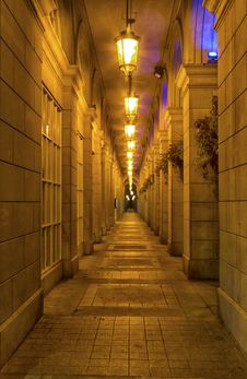 Free Corridor In The Night Royalty Free Stock Photos - 34283918