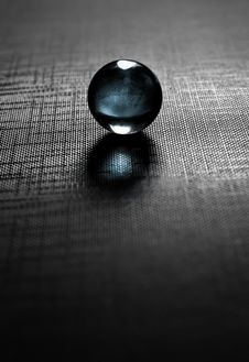 Free Glass Ball Royalty Free Stock Images - 34296849