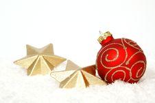 Free Red Christmas Ball Stock Photo - 34298100