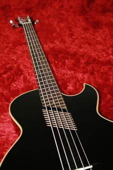 Free Black Bass Guitar Stock Images - 3432664