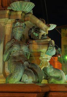 Free Fountain By Night Stock Photos - 3433123