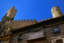 Free Spanish Medieval Castle Royalty Free Stock Images - 3433539