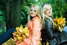 Free Autumn Girls Royalty Free Stock Photo - 3437565