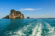 Free Island On Blue Sea At Trang InThailand Stock Photography - 34301222