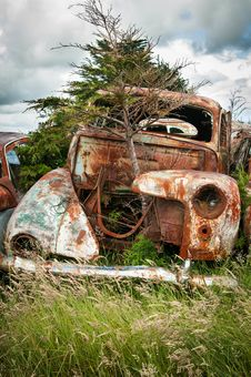 Free Rusty Car Royalty Free Stock Photo - 34315935