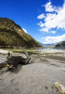 Free Niyang River Stock Images - 34327174