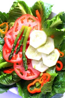 Free Pretty Veggie Salad Plate Stock Photo - 34333290