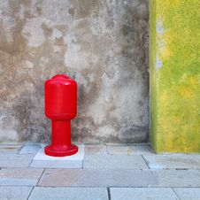 Free Old Red Hydrant Stock Photo - 34346550