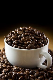 Free Black Roasted Coffee Beans Royalty Free Stock Image - 34347026