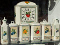 Free Porcelain Jars Royalty Free Stock Photo - 34376625
