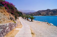 Free Path Along The Sea, Crete Royalty Free Stock Photos - 34373988