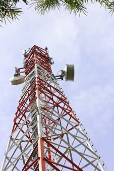 Free Telecommunication Antenna. Royalty Free Stock Photos - 34380558