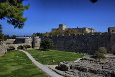 Free The Fortifications Of Rhodes Royalty Free Stock Photography - 34393697