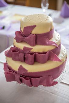 Free Wedding Cake Stock Photos - 34397053