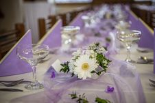 Free Wedding Banquet Table Setting Royalty Free Stock Image - 34397586