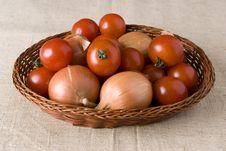Free Onion And Tomato Stock Photos - 3449283