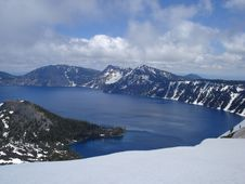 Free Crater Lake Royalty Free Stock Images - 3449779