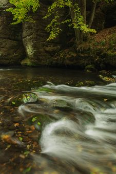 Free Autumn Stream Royalty Free Stock Images - 34477909