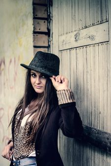 Free Stylish Girl Hipster In Retro Style Royalty Free Stock Image - 34480216