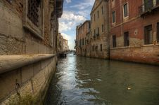 Free Canal In Venezia - Ground View Stock Photography - 34486092