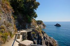 Free Pathway In Cinque Terre Stock Photo - 34486130