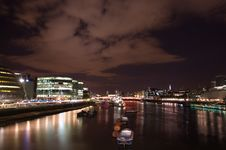 Free Thames At Night Stock Photo - 3454540