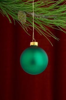Free Green Ornament On Burgundy Background Royalty Free Stock Photos - 3458898