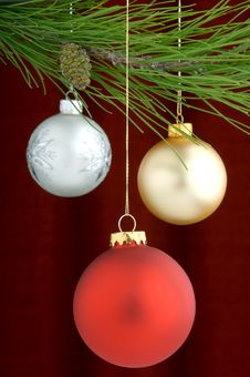 Free Christmas Decorations Royalty Free Stock Photography - 3458967