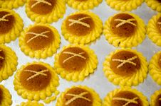 Free Pineapple Tarts Stock Images - 34517964