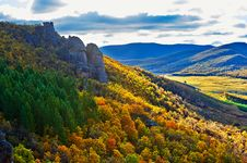 Free Overlook Autumn Scenery Royalty Free Stock Photos - 34520518