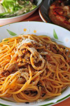 Free Cheese Spaghetti Royalty Free Stock Photo - 34522335