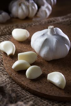 Free Garlic Royalty Free Stock Image - 34527476
