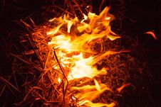 Free Fire Flames At Night Royalty Free Stock Photos - 34581218