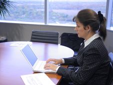 Free Business Woman In The Office Royalty Free Stock Photography - 3465387