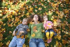 Free Mom With Children On Grass2 Royalty Free Stock Photography - 3467017