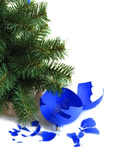 Free Pieces Of Broken Blue Ball Royalty Free Stock Photo - 3467585