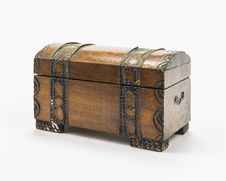 Free Old Wooden Box Royalty Free Stock Image - 34612026