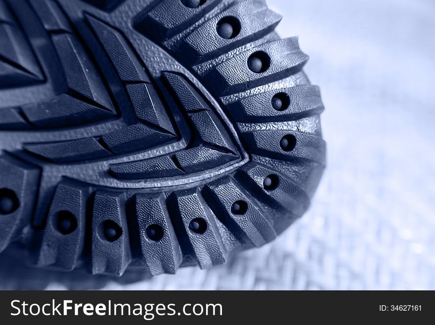 Hiking shoe rubber sole