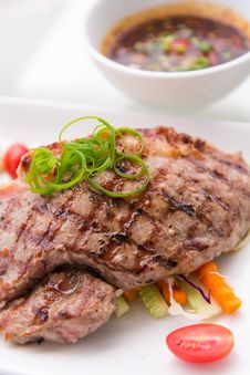 Free Grilled Beef Pork Steak Royalty Free Stock Photos - 34631888