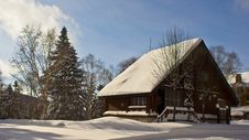 Free Winter House Stock Image - 34652261