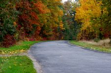 Free Road In The Autumn. Royalty Free Stock Image - 34656386