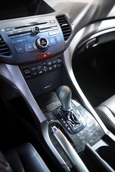 Free Car Control Panel And Automatic Transmission Stock Photo - 34668810