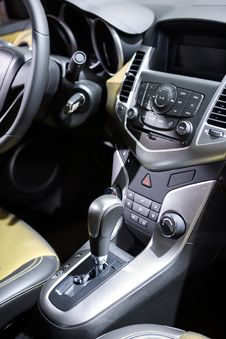 Free Car Control Panel And Automatic Transmission Stock Image - 34669131